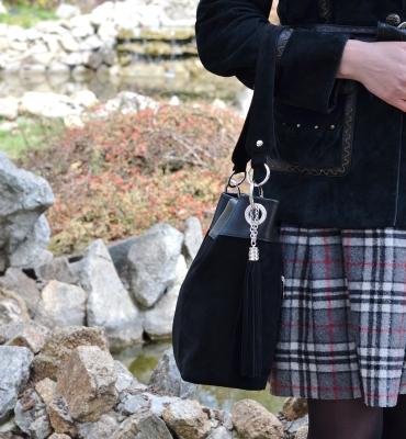 Corinuza-black-suede-leather-hobo-bag-details