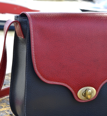 Blue-Red-Leather-Messenger-Michelle-details