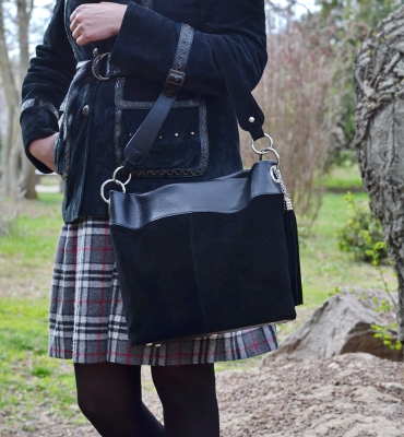 Corinuza-black-suede-leather-hobo-bag-details
